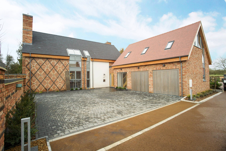 Luxury new build, Warwickshire